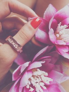 With Quid you can #customize your bronze #ring with a special date or word and choose the color you prefer amongst gold, pink, black and chocolate! #customizedjewelry #personalizedjewellery #jewels #rings #uniquegift #xmasgitf