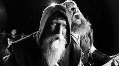 Skyforger haben ihr neues Album Senprūsija am 6. April veröffentlicht und vor Kurzem das Video zum Song Melnās Buras online gestellt DBD: Melnās Buras Skyforger was first seen on Dravens Tales from the Crypt.