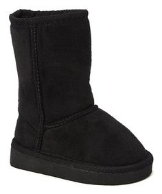 Tuck shivery toes into a toasty-warm haven with these cozy boots. A rich hue and soft, warm uppers protect little ones' feet from cold and sleet.