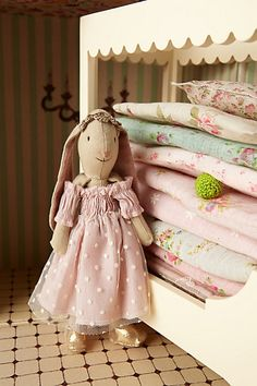 The Bunny Princess & The Pea Set