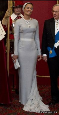 Sheikha Mozah- effortless and elegant style. I love the interest in the back.
