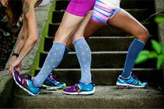 Support Cute Calves with Lily Trotters compression socks! Enter to win a pair of your own! #rockthesock #giveaway #runner