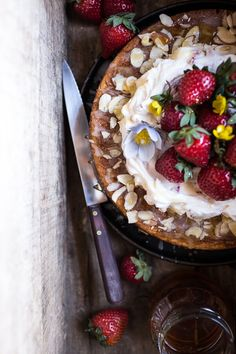 Almond Honey Cake wi