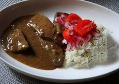 Párolt marhamáj barna mártásban   zsuzsa56 receptje - Cookpad receptek Pesto, Beef, Food, Meat, Essen, Meals, Yemek, Eten, Steak