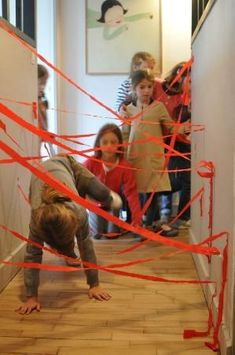 Ninja party - laser hallway activity Can we do this for my next birthday? Activities For Boys, Games For Kids, Diy For Kids, Spy Kids, Ninja Birthday Parties, Ninjago Party, Turtle Party, Kids Playing, Halloween Party