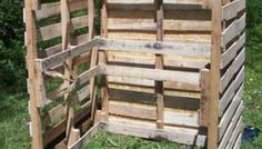 Reusable Shipping Pallets Make a Great Compost Bin