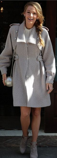 Blake Lively: Purse and coat – Chanel  Shoes – Sarah Flint