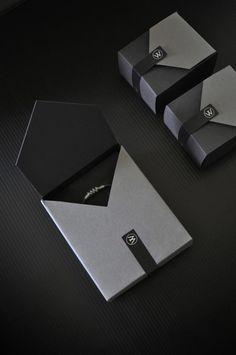40 Fabulous Jewelry Packaging Designs - Jayce-o-Yesta