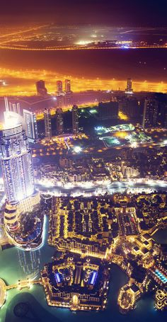 Dubai by Night, UAE #travel #vacation #rentals www.goldsuites.com