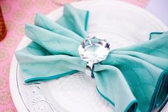 love the way the napkin is folded but not really the diamond...