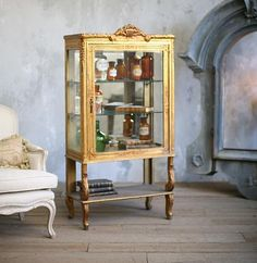 Vintage 1920's Shabby Chic Gilt Louis XV French Style Vitrine Display Cabinet