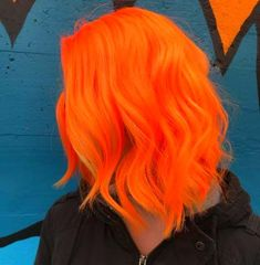 50 Glamorous Peach Hair Color Ideas in Peach hair color hair, don't care! You are about to jump into the hair color deep-end with these 50 glamorous peach hair color ideas in If you. Peach Hair Colors, Red Hair Color, Cool Hair Color, Peach Hair Dye, Pelo Multicolor, Color Del Pelo, Dyed Hair Ombre, Bright Red Hair, Beautiful Red Hair