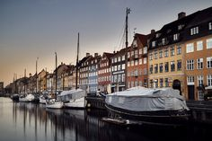 Nyhavn by Every3SecondsADonkeyCries #ErnstStrasser #Dänemark #Denmark New York Skyline, Travel, Viajes, Trips, Tourism, Traveling