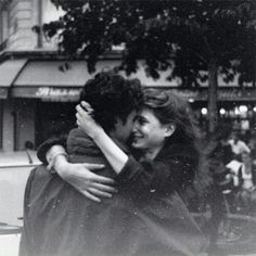 Image de love, couple, and black and white Vintage Couples, Vintage Love, Vintage Romance, Cute Relationship Goals, Cute Relationships, Cute Couples Goals, Couple Goals, Old Fashioned Love, The Love Club