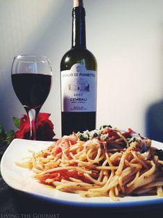 Living the Gourmet: Fresh Tomato Sauce with Sautéed Zucchini & Spaghetti