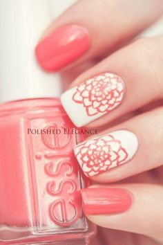 uñas decoradas blanco y coral