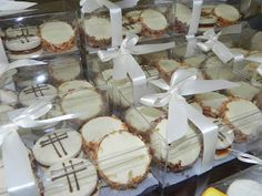 first+communion+party+decorations+ideas | Adriana's Cookies: First Communion Party for a Boy...