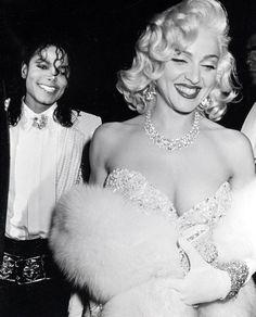 Pin for Later: De Geisha à Cow-Girl, en Passant Par Punk-Lady, Retour sur les Moments Mode les Plus Fous de Madonna  Avec Michael Jackson en 1991.