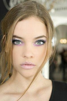 Pastel Purple Eye Shadow