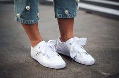 Weiße Sneaker sind immer noch in
