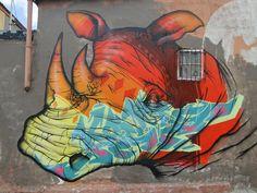 Binho is one of the pioneers of Street-art in Brazil and Latin America and active since Urban Street Art, Best Street Art, Graffiti Art, Cape Town, Sculpture Art, Sculptures, Urbane Kunst, Graffiti Characters, Arte Popular