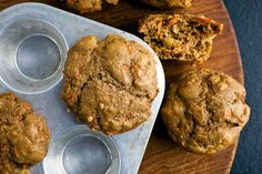 We LOVE Carrot Cake Protein Muffins! You and your family will love them to. The recipe makes 12 muffins and the prep time is 35 minutes. You will have muffins as a snack or breakfast for a few days or a week! Protein Cake, Protein Muffins, Healthy Muffins, Breakfast Cake, Breakfast Recipes, Breakfast Items, Paleo Breakfast, Carrot Cake Muffins, Carrot Cakes