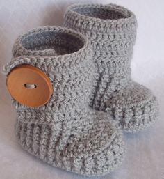 Crochet baby booties for 69 M with large wooden by margarita779, $20.00
