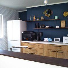 konaさんのKitchen 飾り棚 アクセントクロス ドライフラワー アナベルドライ LIXIL ベジータ冷蔵庫 アレスタ ライトグレインに関する部屋写真