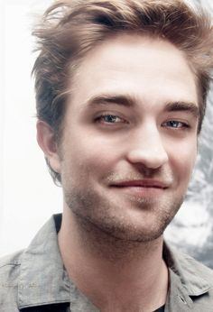 Love the mischievous twinkle in Rob's eyes LOL!