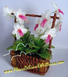 http://www.fleursdesiametailleurs.com/creations/images/fleur_38.jpg