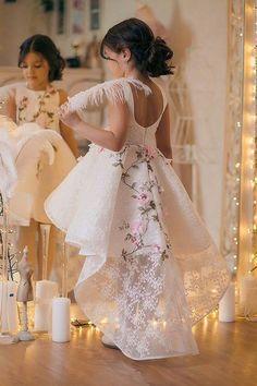 Inspire Idea of Flower Girl Dress for Wedding Party, Part 16 Dresses Kids Girl, Girls Party Dress, Cute Dresses, Kids Outfits, Flower Girl Dresses, Robes Glamour, Robes Tutu, Dress Anak, Baby Dress Design