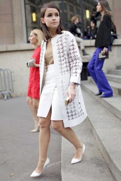 """must-have-outfits: """" love that houndstooth cutout jacket """" Miroslava Duma Paris Fashion Week """" """" 70s Fashion, Work Fashion, Fashion Week, Paris Fashion, Fall Fashion, Style Fashion, Fashion Ideas, Womens Fashion, Fashion Tips"""