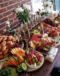 Ideas Breakfast Buffet Party Food Stations Brunch Wedding For 2019 Party Platters, Buffet Party, Brunch Buffet, Food Platters, Tapas Buffet, Cheese Platters, Breakfast Buffet Table, Party Tables, Brunch Bar Ideas