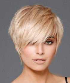 Short Hair Cuts For Women Pixie, Short Choppy Hair, Bob Hairstyles For Thick, Short Pixie Haircuts, Short Hair With Layers, Messy Hairstyles, Short Hair Styles Easy, Edgy Pixie Hair, Short Fine Hair