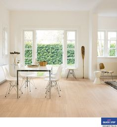 QuickStep Perspective Wide Oak White UFW1538 Laminate Flooring Deal-15.7m2  4-V