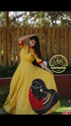 Indian Designer Outfits, Indian Outfits, Designer Dresses, Navratri Dress, Hand Painted Dress, Kurta Style, Churidar Designs, Sari Blouse Designs, Kurti Designs Party Wear