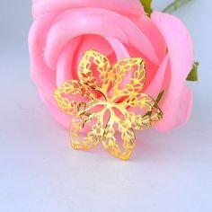 Darmowa wysyłka-50szt Złoty Tone Filigranowe Flower Okłady Złącza Metalowe Rzemiosło Dekoracji DIY Ustalenia Złącza 3.2x2.9 cm J2721