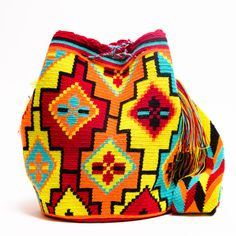 Wayuu Boho Bags with Crochet Patterns Tapestry Bag, Tapestry Crochet, Knit Crochet, Loom Patterns, Crochet Patterns, Crotchet Bags, Mochila Crochet, Boho Bags, Beaded Jewelry Patterns