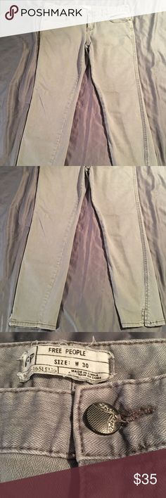Free people skinny jeans Light gray color with small slots at the ankles. 2% elastane so a good amount of stretch. In excellent condition Free People Jeans Skinny