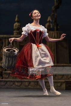 Dancers perform on stage as the English National Ballet rehearse 'Coppelia' at the Coliseum on July 2014 in London, England. Tutu Costumes, Ballet Costumes, Fairy Makeup, Mermaid Makeup, Makeup Art, Ballet Tutu, Ballerina, Olaf Halloween Costume, Princess Tutu Dresses
