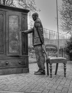C.S. Lewis statue in Belfast, Northern Ireland - Walking into Narnia