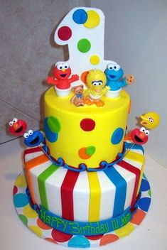 etsy birthday party ideas for a boys elmo sesame Elmo First Birthday, 1st Birthday Cakes, Boy Birthday Parties, 1st Birthday Ideas For Boys, Sesame Street Birthday Cakes, Sesame Street Cake, Bright Cakes, Rodjendanske Torte, Elmo Cake