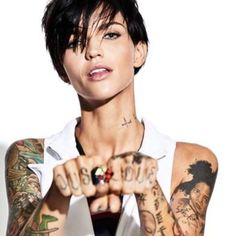 Ruby Rose Official Updates — Ruby Rose for Cosmopolitan UK Ruby Rose Tattoo, Ruby Rose Photoshoot, Rubin Rose, Rocker Chic Outfit, Et Tattoo, Australian Models, Rose Hair, Orange Is The New Black, Woman Crush