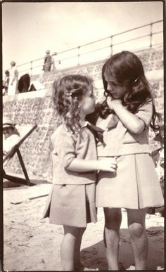 photo -Found at the Camberwell Markets, Melbourne, Australia. This so looks like me and my best friend and we lived near Camberwell but that looks like St Kilda beach Vintage Children Photos, Vintage Pictures, Narrative Photography, Kids Laughing, Melbourne Victoria, Historical Pictures, Beautiful Children, Black And White Photography, Beautiful Images