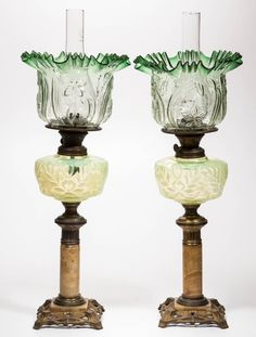 VICTORIAN OPALESCENT PAIR OF KEROSENE BANQUET LAMPS : Lot 1581