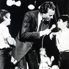 Julio Iglesias, Jr. Interview with MSM | Julio Iglesias, Jr., Enrique Iglesias, & Julio Iglesias Performing at a Concert | Music