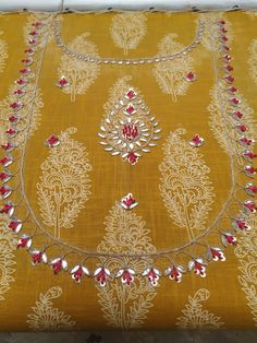 Indian Embroidery Designs, Embroidery On Kurtis, Hand Embroidery Dress, Kurti Embroidery Design, Floral Embroidery Patterns, Hand Embroidery Videos, Embroidery Fashion, Sleeves Designs For Dresses, Dress Neck Designs