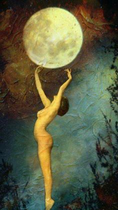 """Source Sacred Dreams Full Moon Blessings ♡ Grandmother Moon in all her Fullness comes glowing forth on February 22nd/23rd at the axis of Virgo the Virgin and Pisces the Dreamer. She brings illumination and heralds a sweet surrender to what is, the perfection in the imperfection. A shift in perception… """"Here, it's an invitation to surrender limiting Virgo daily habits, mental loops, and criticizing judgments, and let Pisces' gifts of imagination, intuition and relationship to the great…"""
