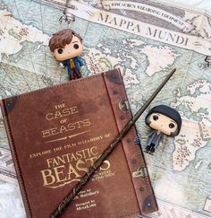 pinterest   abbyycatherine Deco Harry Potter, La Saga Harry Potter, Harry Potter Cosplay, Harry Potter Aesthetic, Harry Potter Universal, Harry Potter Characters, Bob Ross, Fantastic Beasts And Where, Coffee And Books