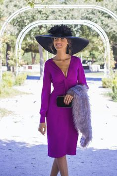 invitada boda otoño pamela estola Out Of Style, Going Out, Celebrity Style, Cool Outfits, Fashion Dresses, Purple, Celebrities, Classic, Womens Fashion